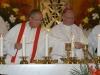 Nově vysvěcený jáhen při eucharistické službě , foto: P. Zuchnický