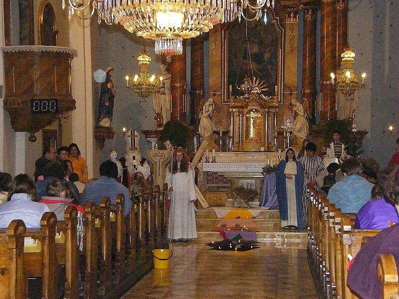 Sv. Mikuláš povzbuzuje děti k dobrým skutkům...