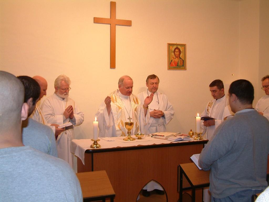 Bohoslužba oběti po přijetí svátostibiřmování ...