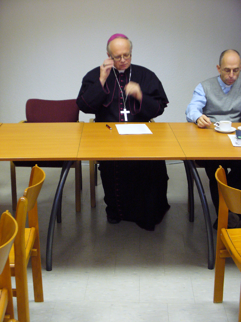 Přivítali jsme mezi sebou otce biskupa,